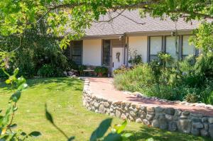 4085 Indian Way, SANTA YNEZ, CA 93460