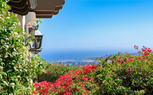 Trifecta of every buyers' dream: ocean/harbor views,