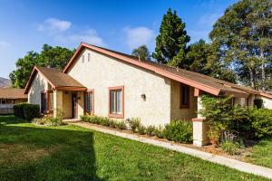 44012 Village 44, CAMARILLO, CA 93012