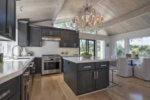 Kitchen w/Custom Chandelier
