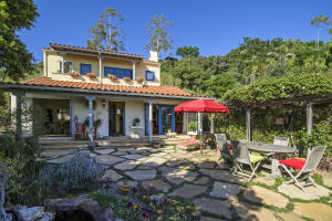 Secluded Home Near El Encanto Hotel & Restaurant.