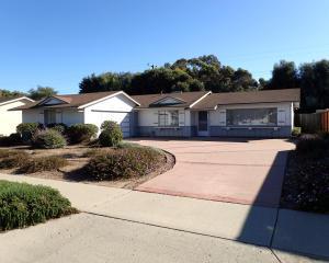6261 Newcastle Ave, GOLETA, CA 93117