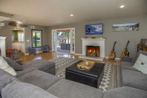 677 Ferrara Way, SANTA BARBARA, CA 93105