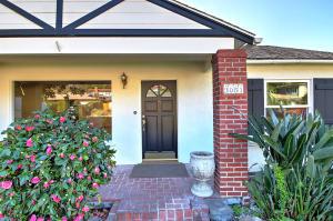 3051 Lucinda Lane, SANTA BARBARA, CA 93105