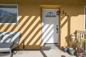 375 Glennora Way, BUELLTON, CA 93427