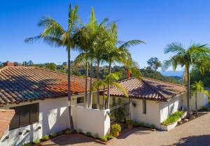 1790 Eucalyptus Hill Rd, SANTA BARBARA, CA 93103