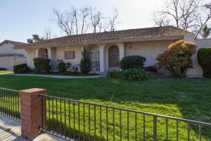 330 W Vineyard Ave, OXNARD, CA 93036