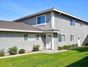 5985 Hickory St, 2, CARPINTERIA, CA 93013