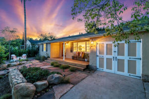 Welcome home to this beautiful San Roque cottage.