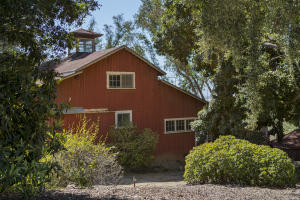 1915 Santa Monica Rd, CARPINTERIA, CA 93013