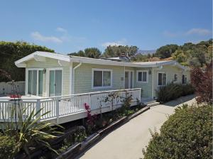 2286 Whitney Ave, SUMMERLAND, CA 93067