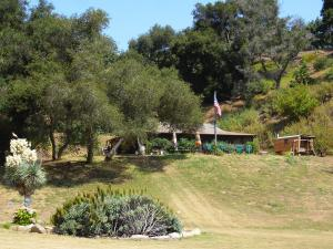 5208 Casitas Pass Rd, CARPINTERIA, CA 93001