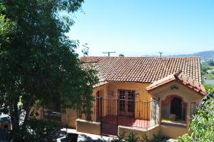 501 Alameda Padre Serra, SANTA BARBARA, CA 93103