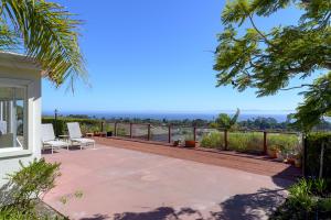 2425 Calle Almonte, SANTA BARBARA, CA 93109