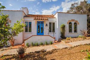 1036 San Diego Rd, SANTA BARBARA, CA 93103