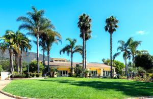 1705 La Mirada Drive, CARPINTERIA, CA 93013