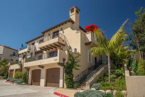 1422 Santa Fe Place, SANTA BARBARA, CA 93109