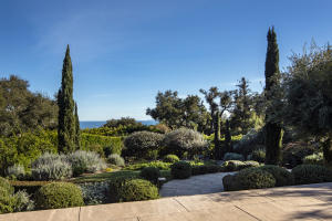 800 Hot Springs Rd, MONTECITO, CA 93108