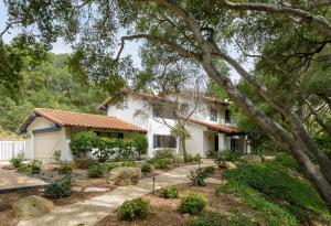 916 El Rancho Rd, SANTA BARBARA, CA 93108