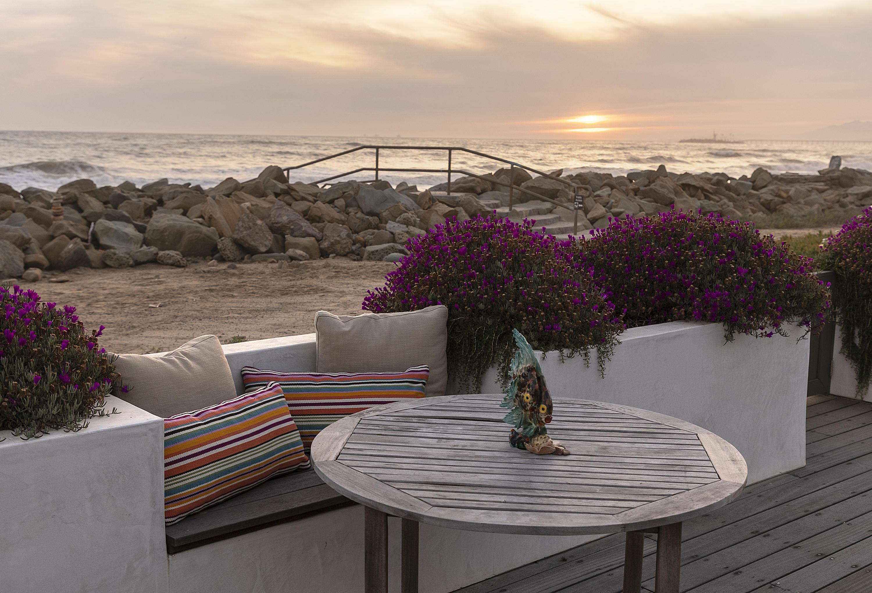 5478 Rincon Beach Park Dr Ventura, CA 93001