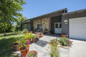 970 Village Ln, SANTA BARBARA, CA 93110