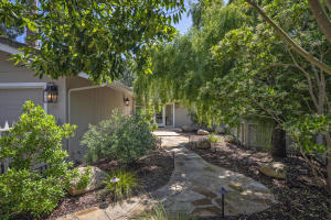 645 Circle Dr, SANTA BARBARA, CA 93108