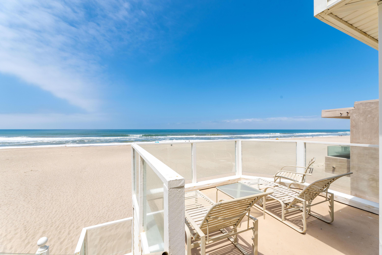 1011 Mandalay Beach Rd Oxnard, CA 93035