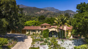 Spanish Revival style home in the heart of Montecito