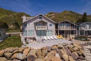 2972 Solimar Beach Dr, VENTURA, CA 93001