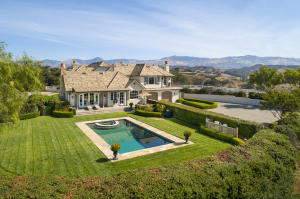 French Country in the heart of the Santa Ynez Valley