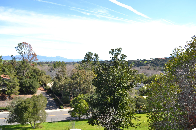 736 Hillside Dr Solvang, CA 93463