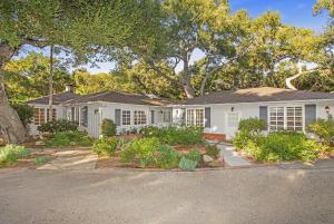 636 Oak Grove Dr, SANTA BARBARA, CA 93108