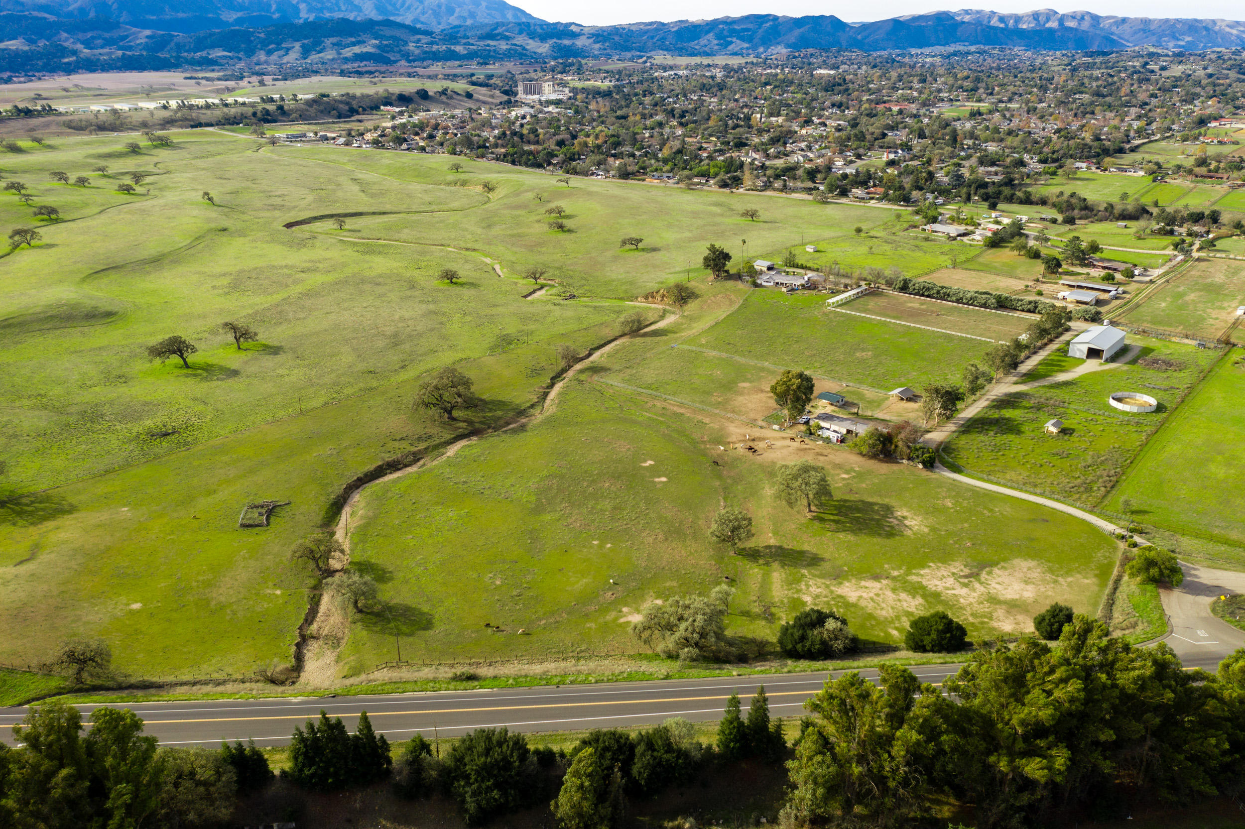 1460 Meadowvale Road Santa Ynez, CA 93460