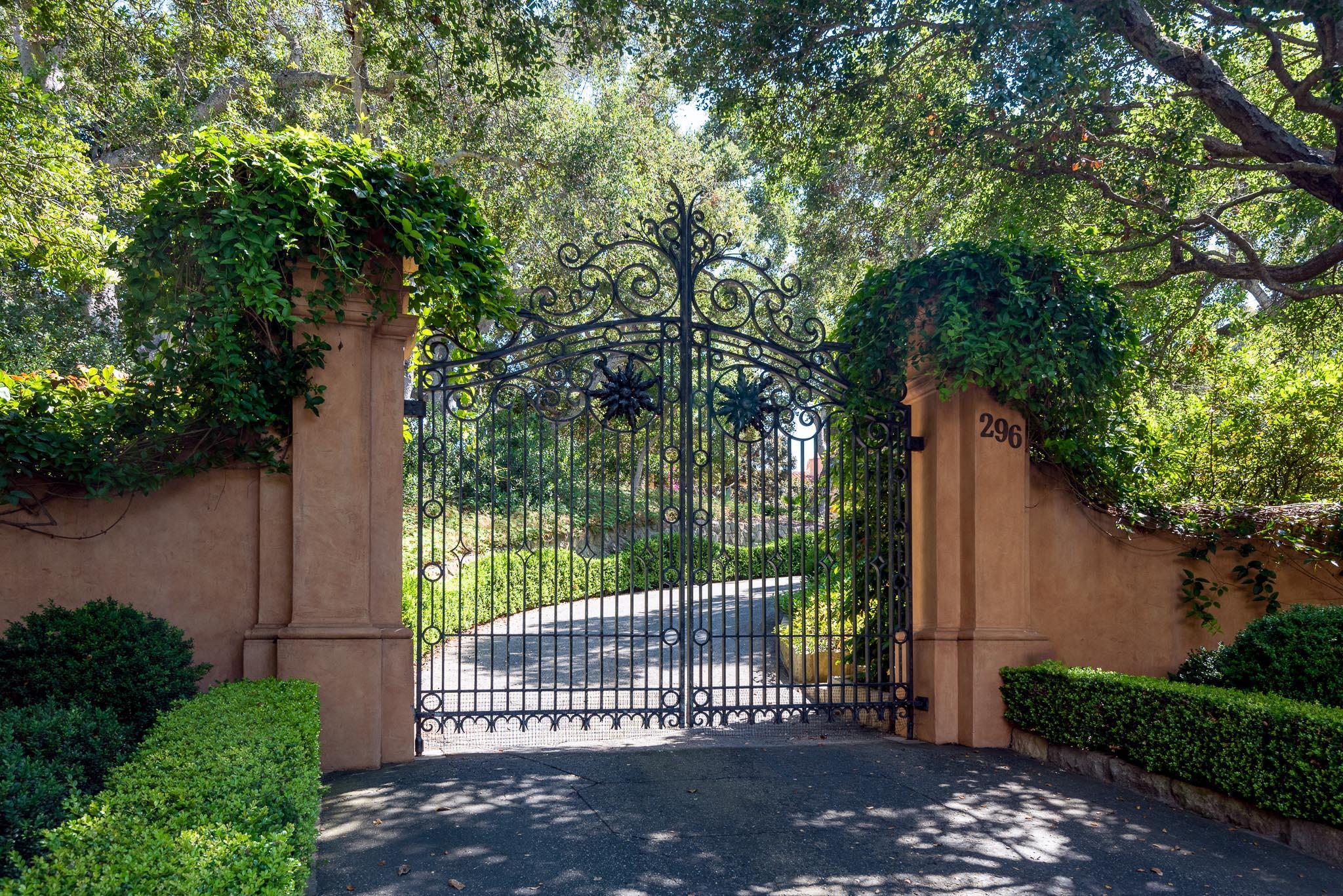 296 Las Entradas Dr Montecito, CA 93108