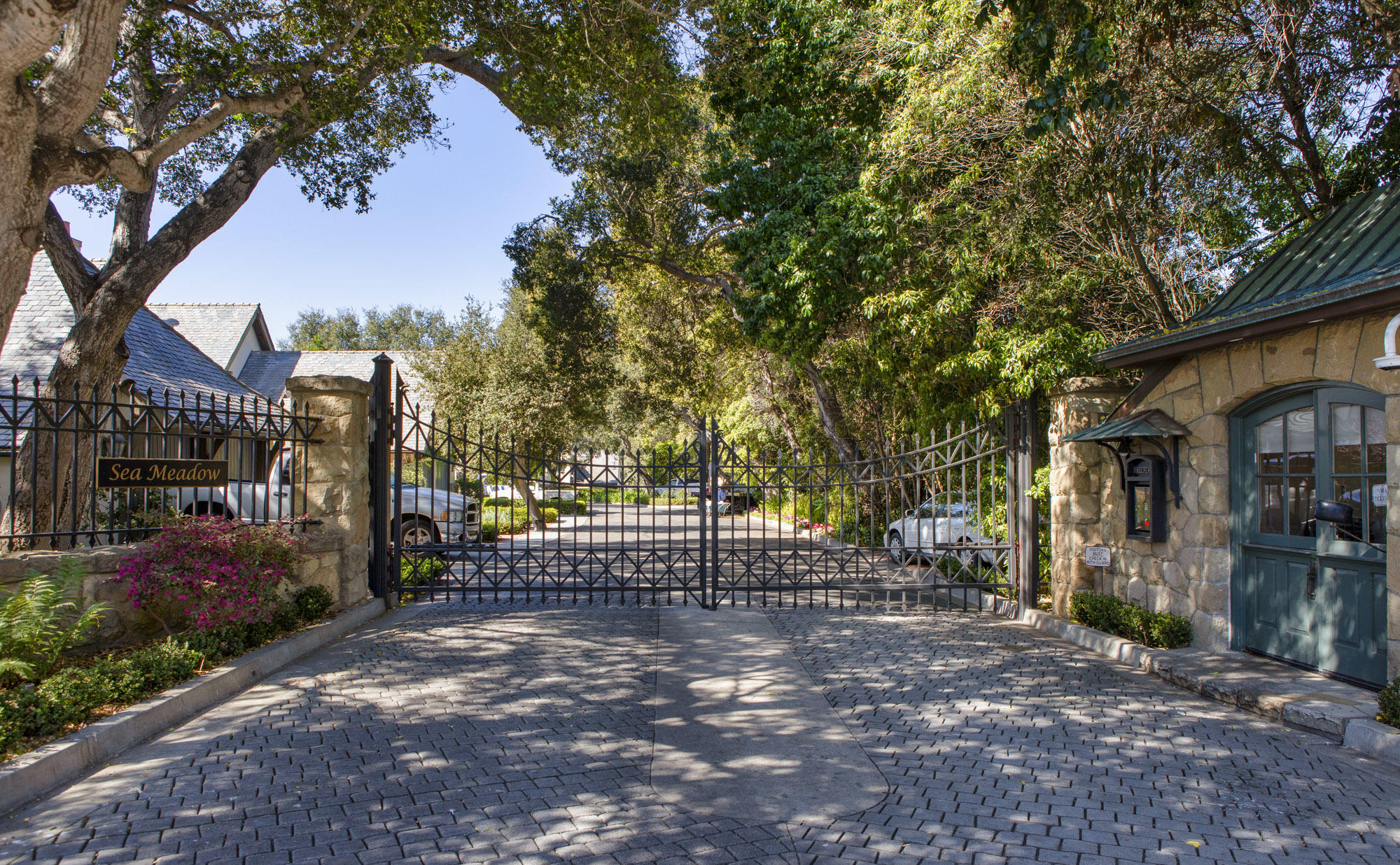 Photo of 40 Hammond Dr, MONTECITO, CA 93108