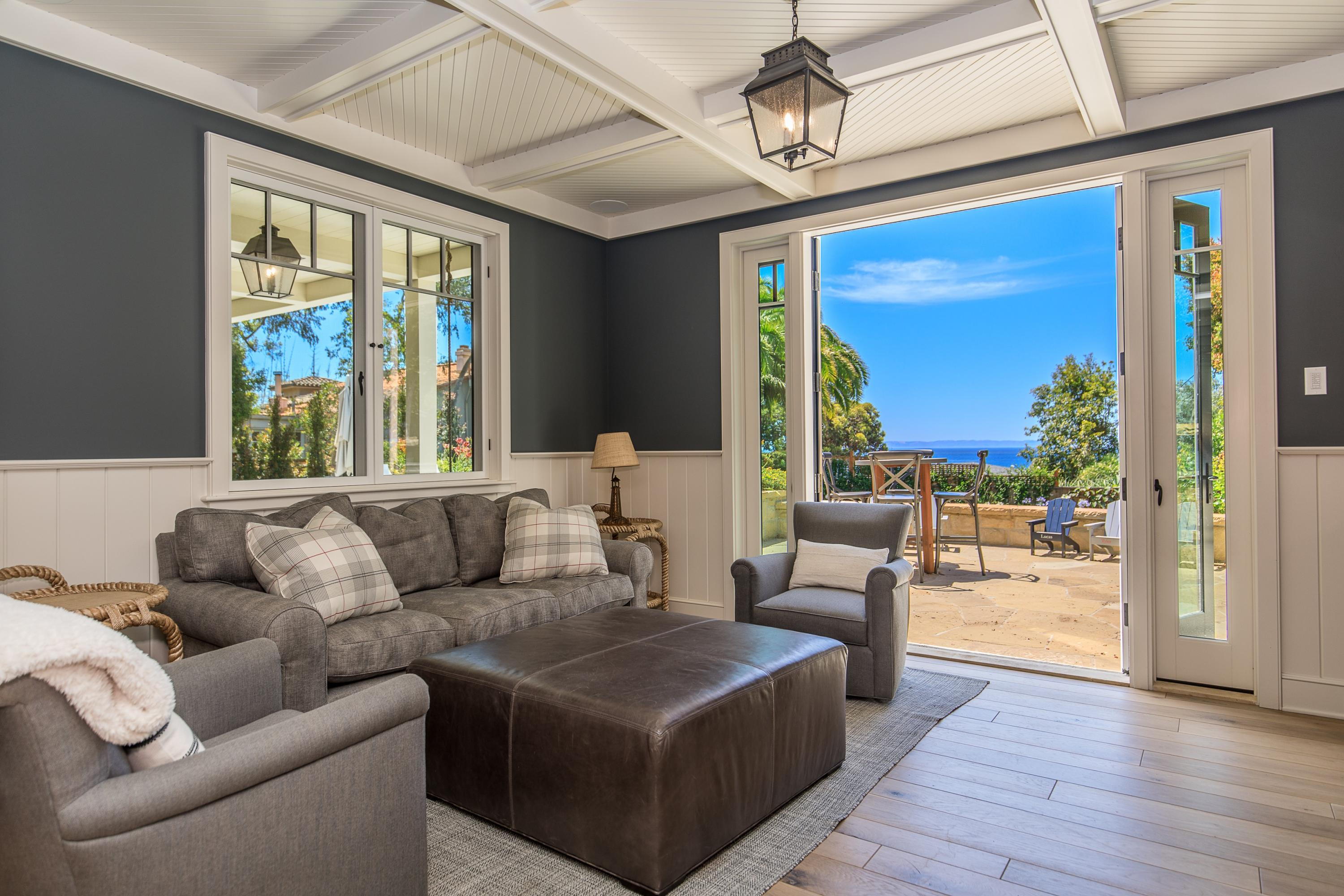 2321 Edgewater Way Santa Barbara, CA 93109