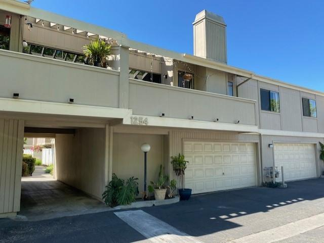 Ralston Village Condo! This is a 2 bedroom, 1.5 bath unit with a 2 car garage, located near the Government Center in Ventura. The seller would prefer to sell all four Ralston Village and five Buenaventura Gardens as a bulk sale. However, seller is open for purchase of individual units, all properties are currently occupied by long term tenants.