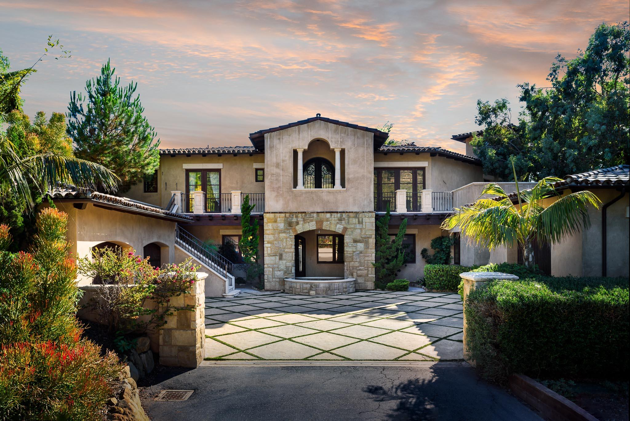 Photo of 3091 Hidden Valley Ln, SANTA BARBARA, CA 93108