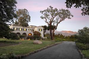 Photo of 630 Hot Springs Rd, MONTECITO, CA 93108