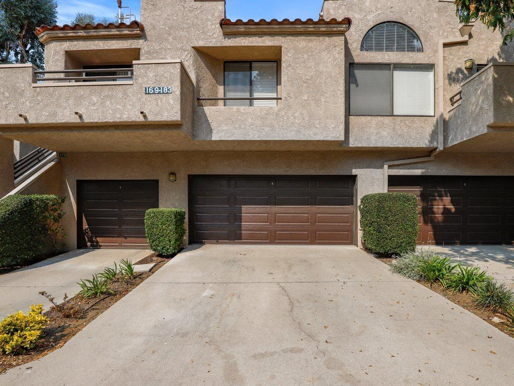Highly sought after unit in the North Oaks complex.  This is the largest floor plan offering 3 bedrooms and 2.5 baths with direct 2 car garage access to the home.  Located beautifully at the top of the complex allowing views from living room and bedrooms.  Living room features fireplace and private balcony overlooking the Conejo mountains.  Kitchen offers Corian counters, ample storage space and stacked laundry units.  Half bathroom available on the first floor.  All bedrooms upstairs. Master bedroom vaulted ceiling, walk-in closet and balcony to enjoy the views.  Complex offers pool and spa, HOA $311mo. Nearby schools, parks and shopping for convenience.