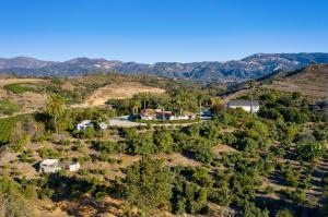 Photo of 200 Ellwood Ridge Rd, GOLETA, CA 93117