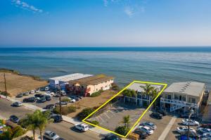 6757 Del Playa Drive, ISLA VISTA, CA 93117