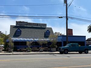 4631 Carpinteria Ave, CARPINTERIA, CA 93013