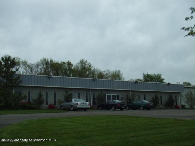 4 Skyline Dr, Clarks Summit, Pennsylvania 18411, ,4 BathroomsBathrooms,Commercial,For Sale,Skyline,11-1862