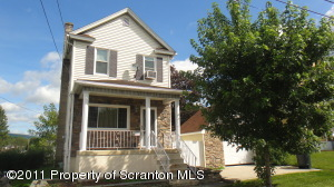 621 Center St, Throop, PA 18512