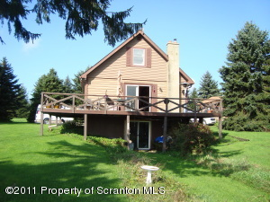 8234 Quigley Rd, Union Dale, PA 18470