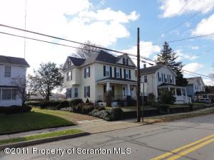 218 Main St, Moosic, PA 18507