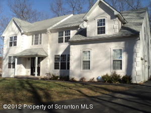 730 Hollow Drive, East Stroudsburg, PA 18301