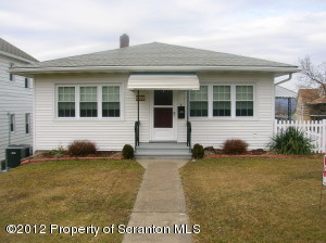 500 Smith St, Dunmore, PA 18512