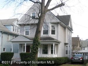 823 Woodlawn St, Scranton, PA 18509